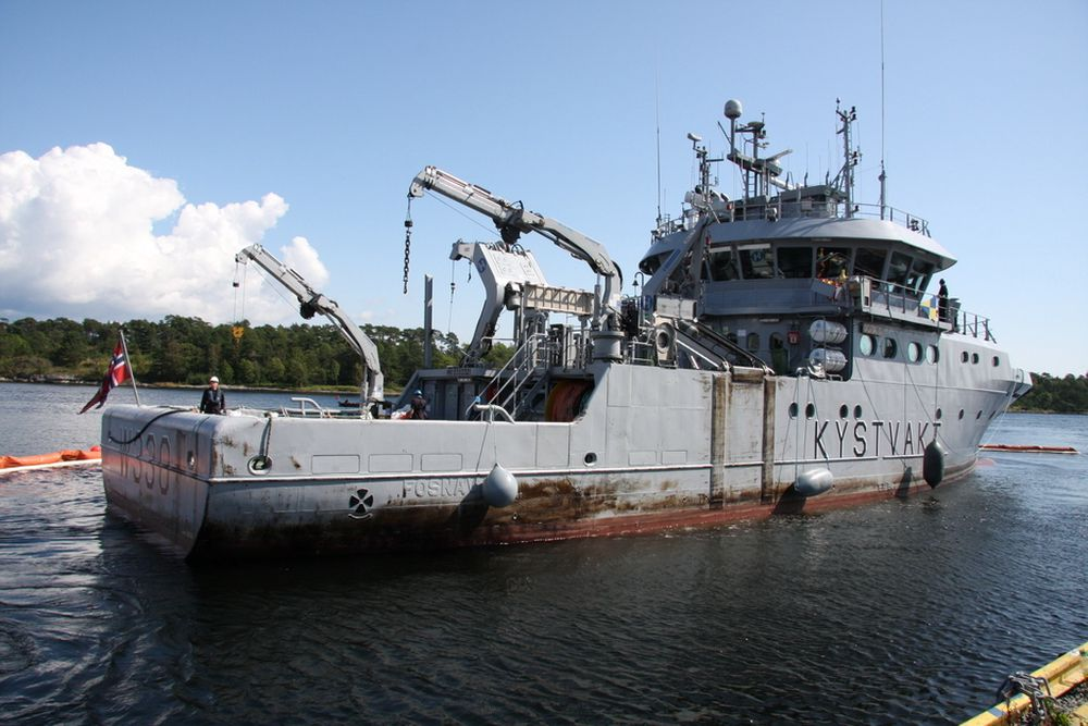 Regjeringen og Kystvakten kjøper KV Nornen og fire andre skip.