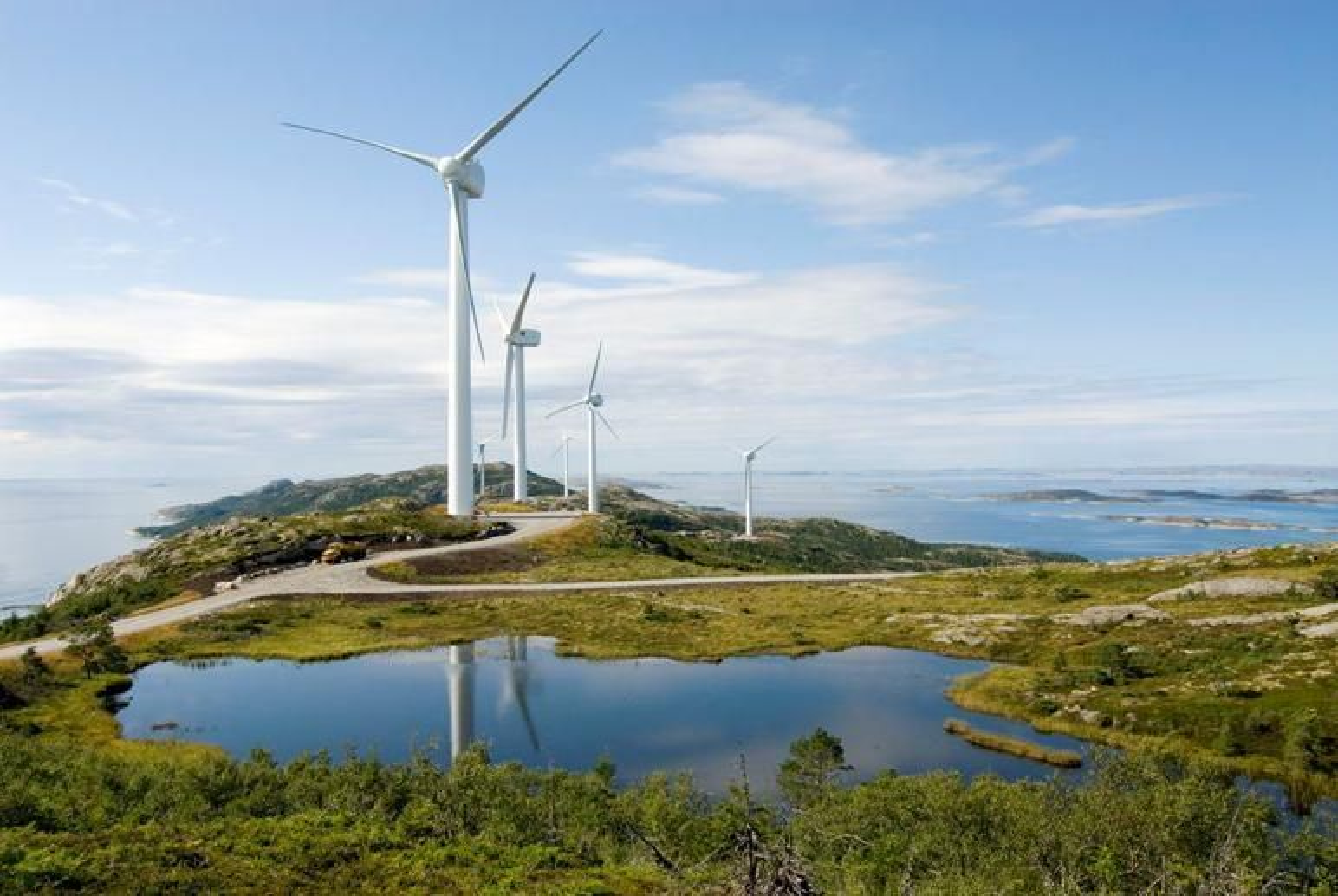 NORSK TEKNOLOGI: Norske ScanWinds vindturbiner er konstruert uten girboks, noe som er en fordel i værharde områder og gir mindre vedlikehold. Etter salget til amerikanske General Electric kan teknologien bli flyttet ut av landet, frykter Aker Solutions.