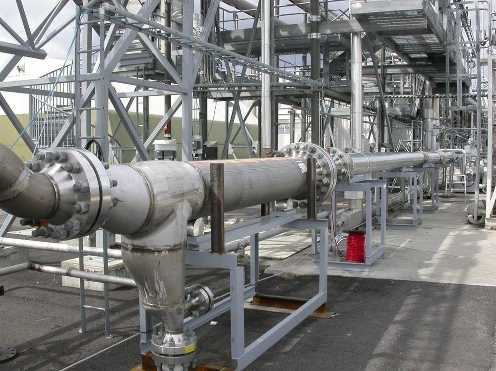 NY ÆRA: Hydros nye separator vil forenkle utbygginger både på havbunnene og på plattformer. Bildet er fra testriggen på Herøya. FOTO: NORSK HYDRO