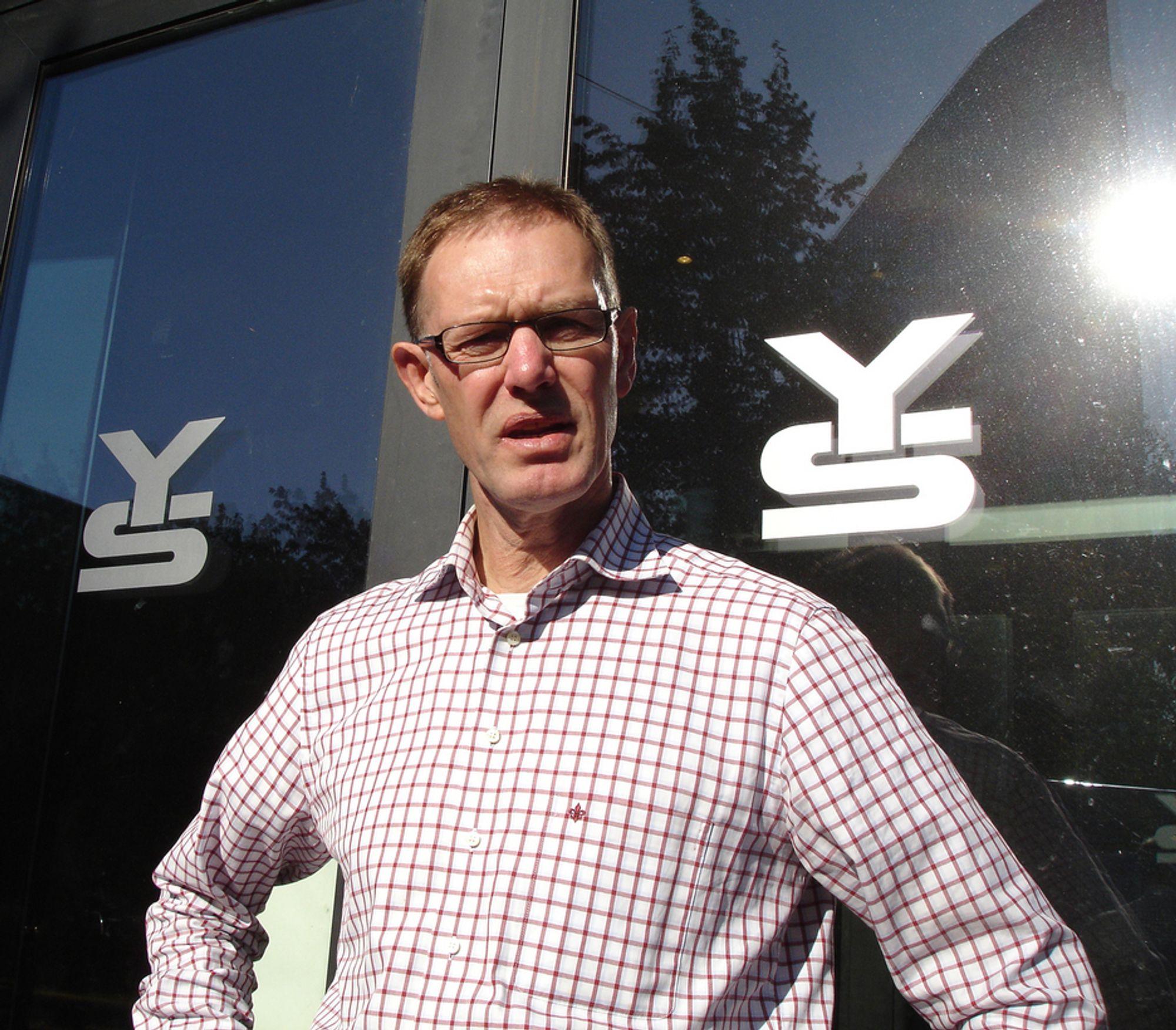 NYTT: YS-leder Tore Eugen Kvalheim forsvarer vår sammenpressede lønnsstruktur.