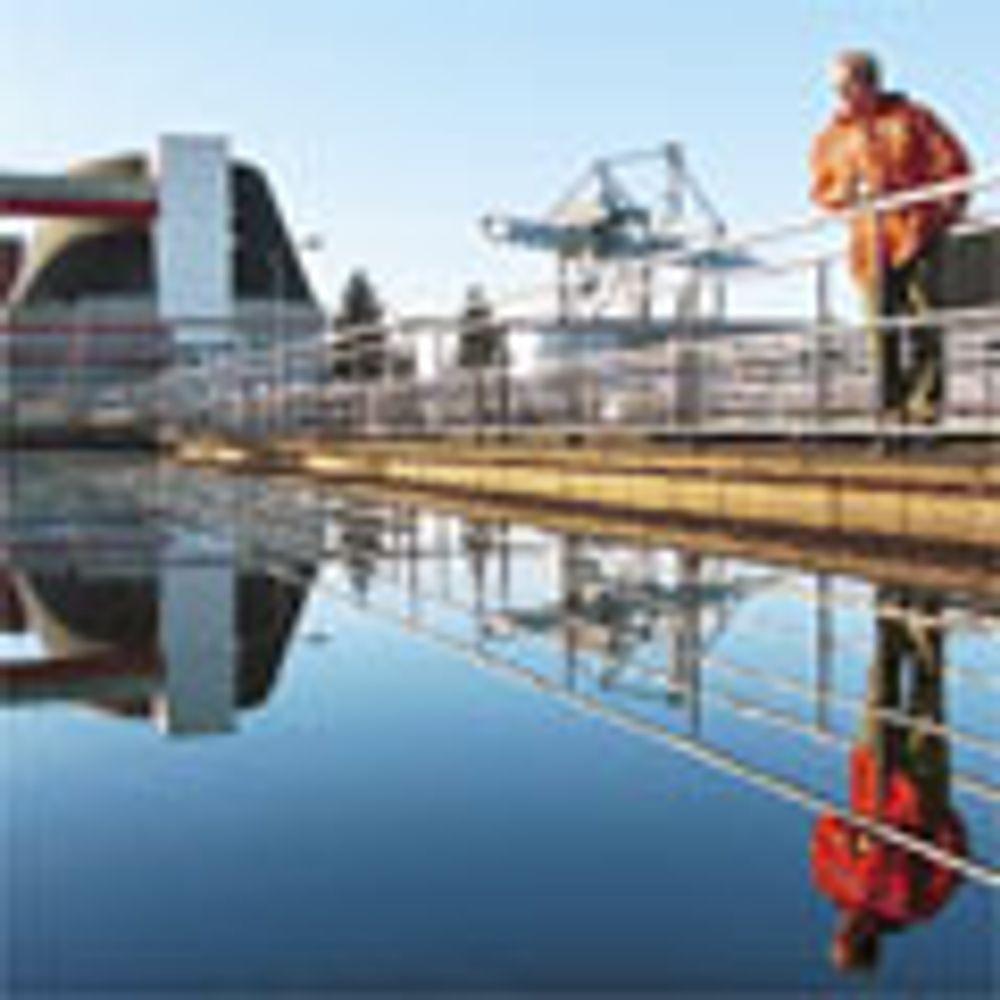 Dette avløpsvannet ser renere ut enn det er, men med EUs nye avløpsdirektiv vil kommunene få nye krav til avløpsanleggene sine. Foto: Werner Juvik