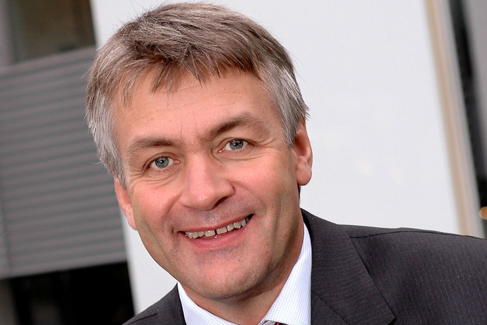 GRUNN TIL Å SMILE:Adm. direktør i Get, Gunnar Evensen, håper flest mulig ønsker seg superraskt bredbånd. Men billig er det ikke.