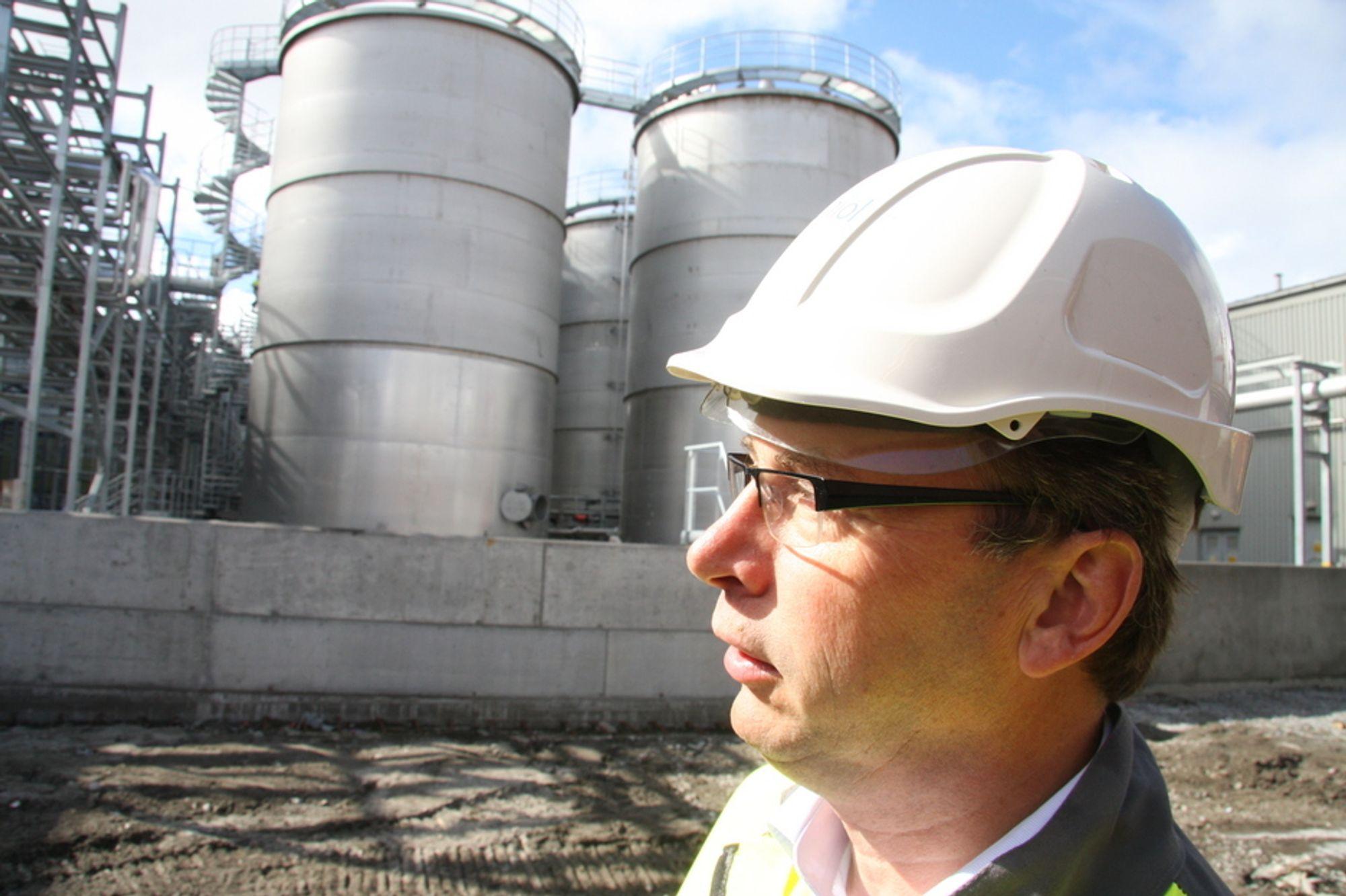 Administrerende direktør Jon Duus i Uniol har snart Norges største anlegg for biodrivstoffproduksjon. Også flere andre aktører er på trappene med fabrikker.
