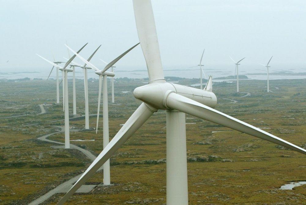 DROPPER VIND: Oljeselskapene BP og Shell kutter i investeringene i vindkraft og annen ren energi. De vil fokusere mer på biodrivstoff samt olje og gass, hvor det er mer penger å tjene. Miljøvernerne er misfornøyde.
