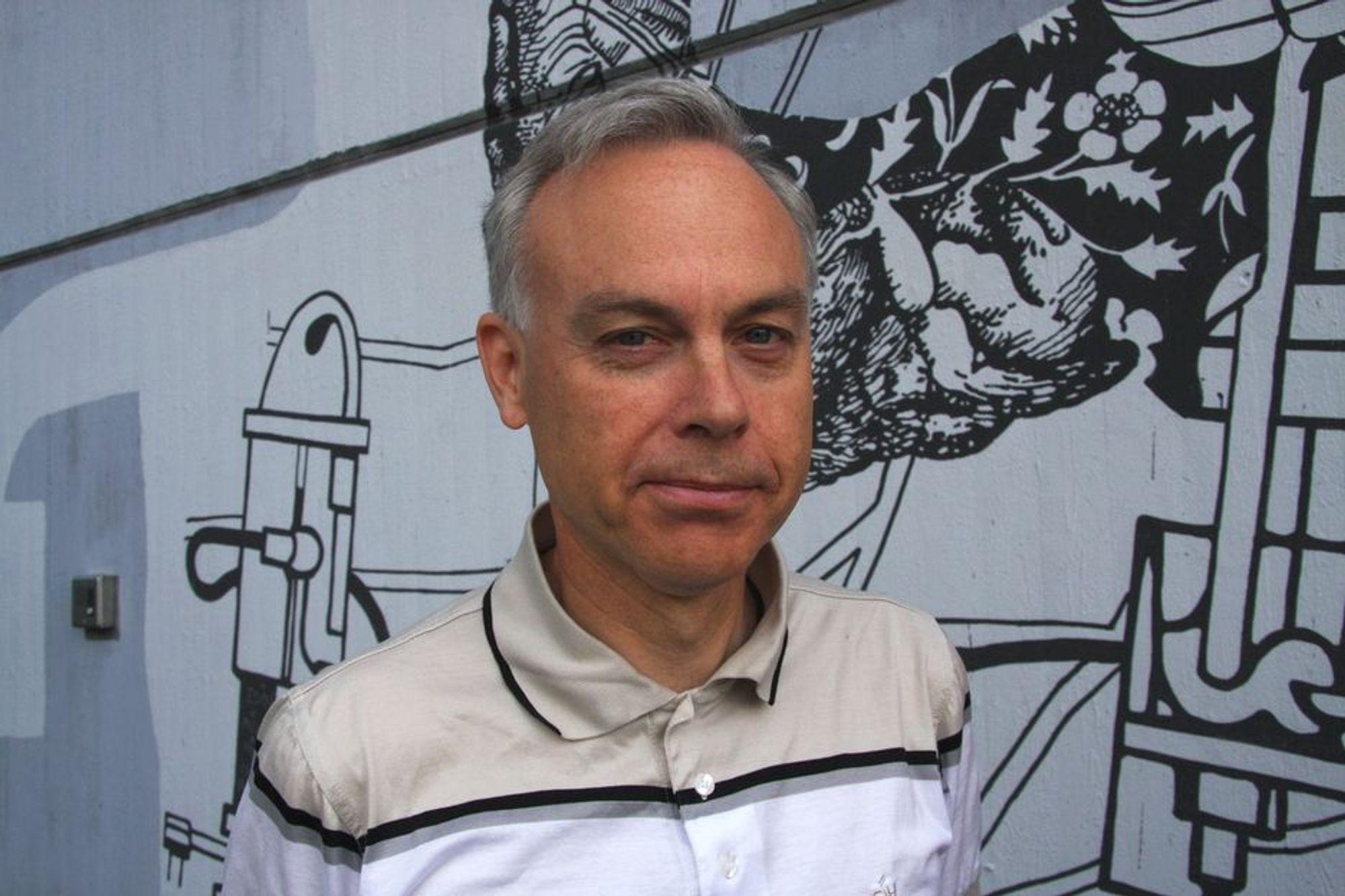 Professor Jon Samseth støtter regjeringens avgift på biodiesel.