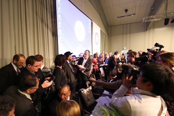 pressefolk i københavn, bella center 081209