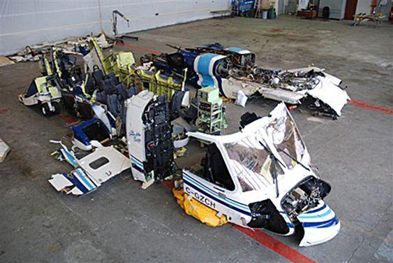 Cougar Flight 491 skulle frakte plattformarbeidere 12. mars i år da det styrtet. 17 av de 18 om bord omkom.