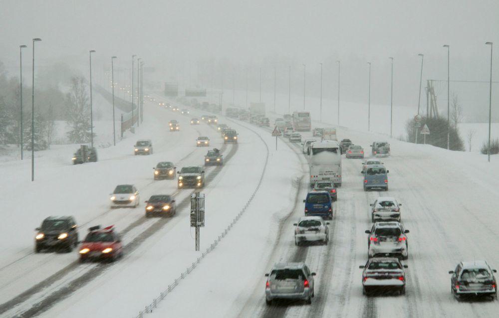 Til og med et av de fattigste landene i Europa - Albania - har raskere trafikk enn Norge.