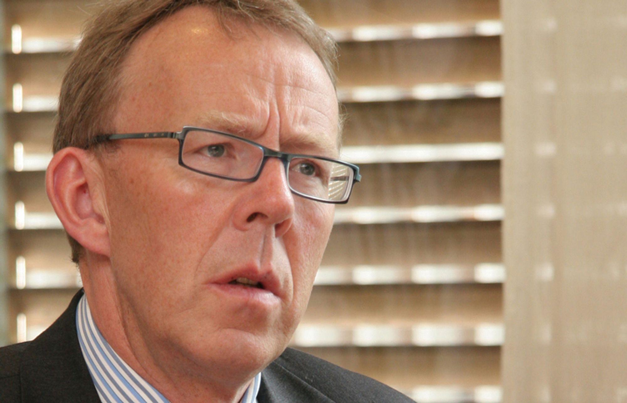 Anklager: Generalsekretær Per Morten Hoff i IKT Norge anklager regjeringen og NAV for å bruke skylapper i forhold hvordan teknologien kan korte ned ventetiden for arbeidsledige som ikke får trygd.