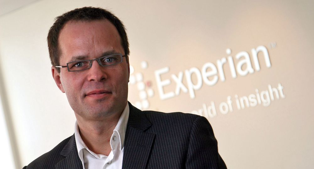 Direktør Gabor Molnar i Experian kan nå slå fast at finanskrisen har nådd Norge for fullt.