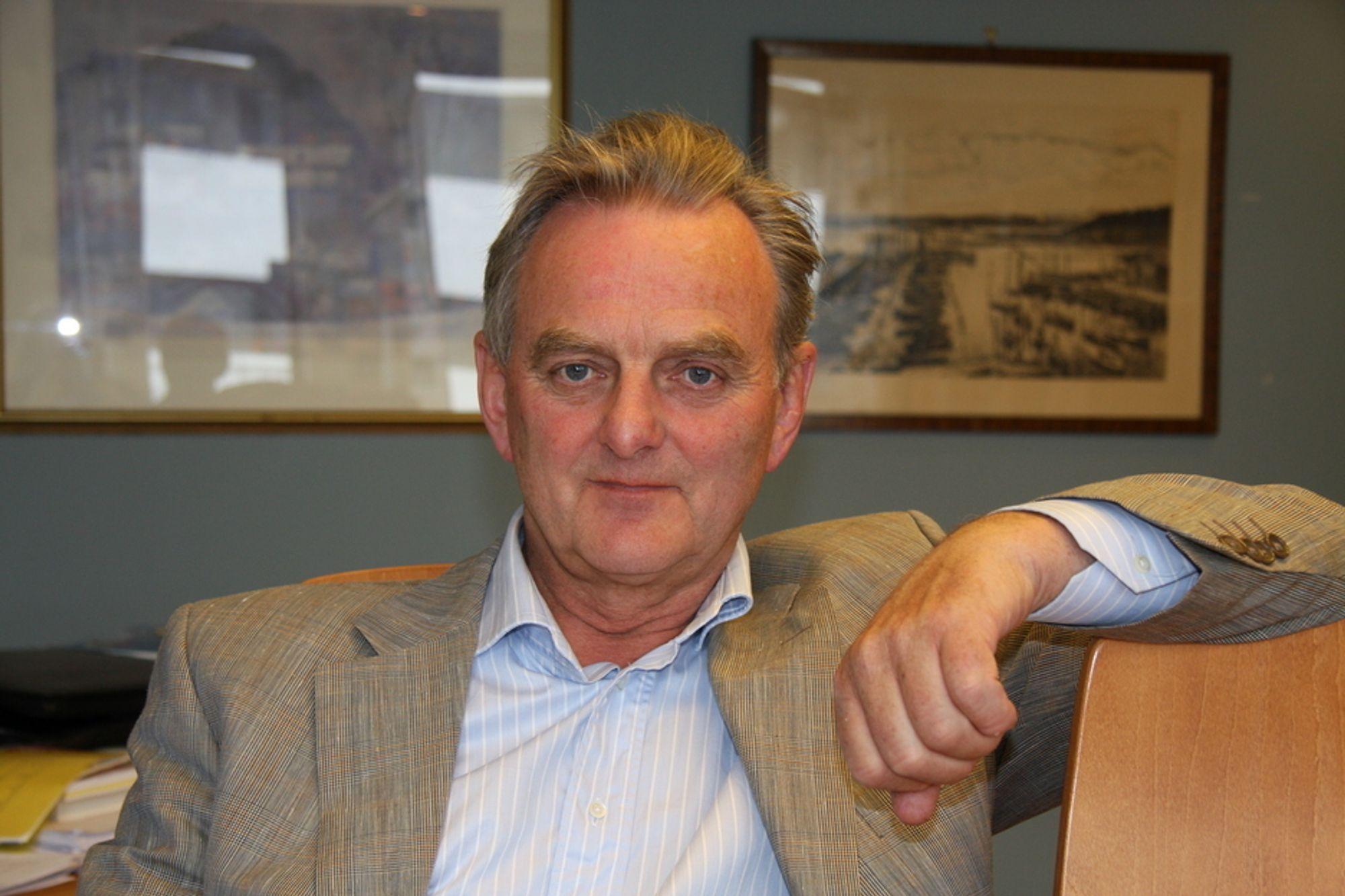 KRITISK: Norges velmenende flinkhet rammer klimaet og industrien, mener direktør i Norsk Industri, Svein Sundsbø.