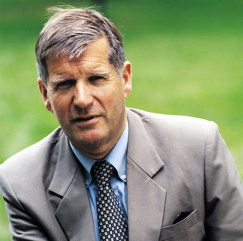 Professor Øystein Noreng, BI.