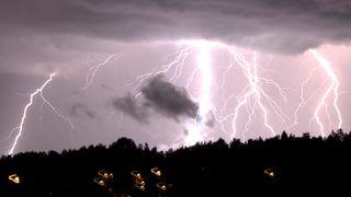 Slik oppstår lyn og torden