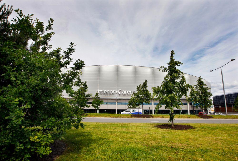 EUROPAS STØRSTE INNENDØRSARENA: Telenor Arena på Fornebu er valgt som vert for neste års Eurovision Song Contest. Den tidligere kritiserte infrastrukturen bekymrer ingen.