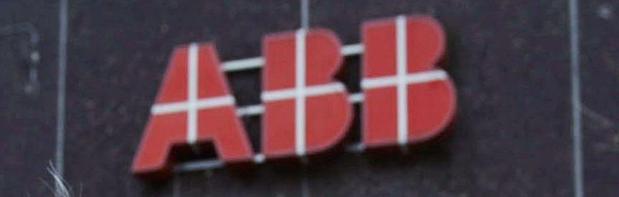 Redder ABB-arbeidsplasser