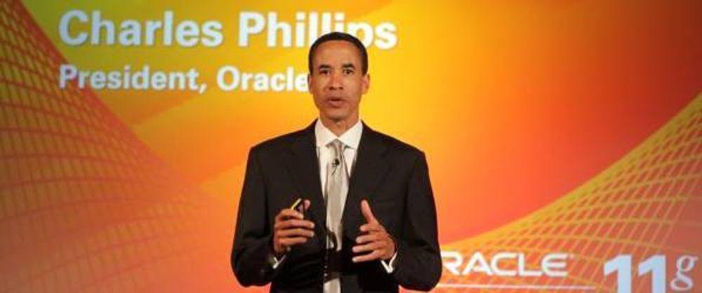 Oracles nestsjef, Charles Phillips, lover å ikke ligge på latsiden i sommer. Nå skal det bli 100 dager med produktlanseringer.