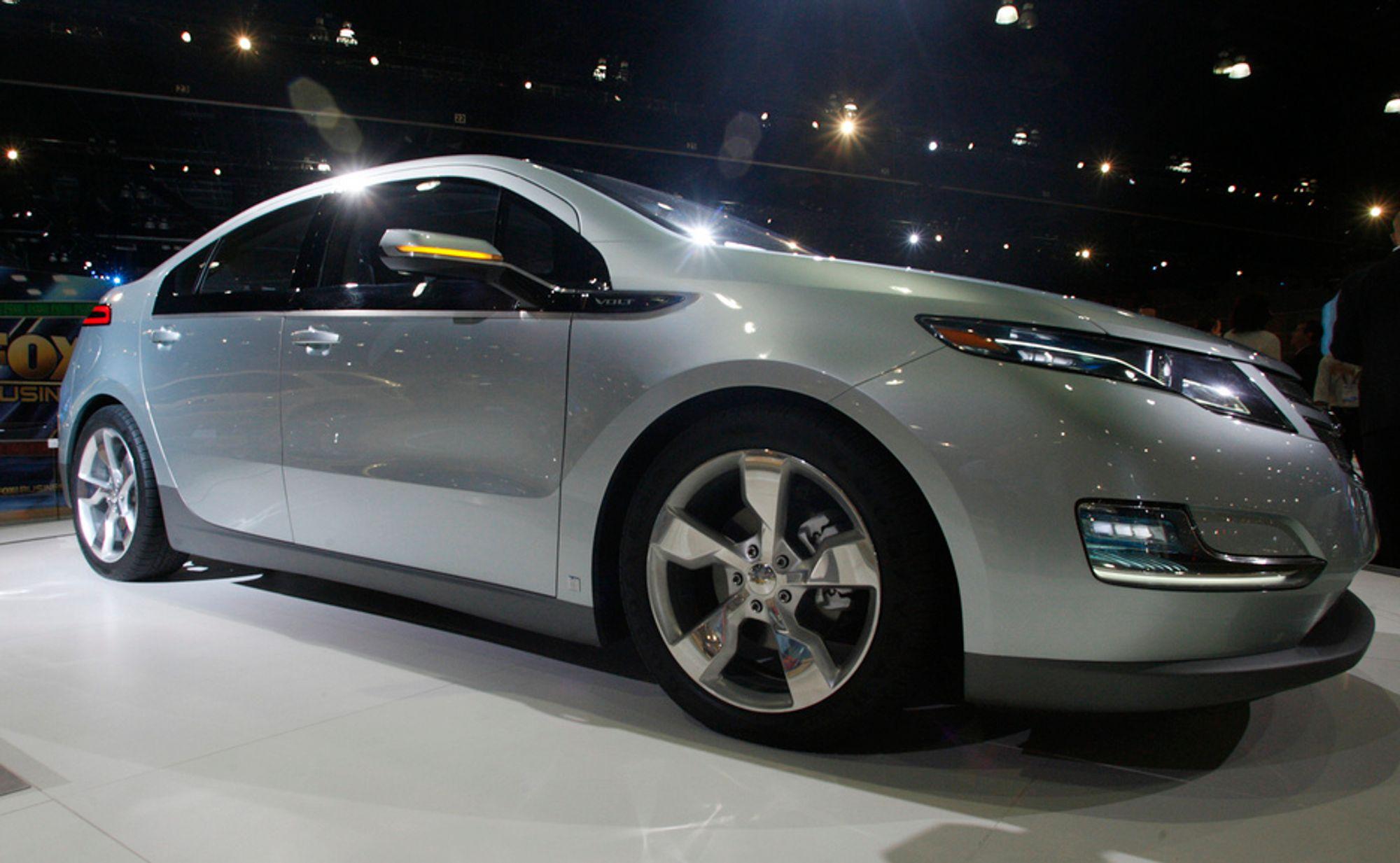 Plug-in-hybriden Chevrolet Volt fra GM skal etter planen komme for salg i løpet av neste år. Før den tid, kan det komme endringer i de norske bilavgiftene.
