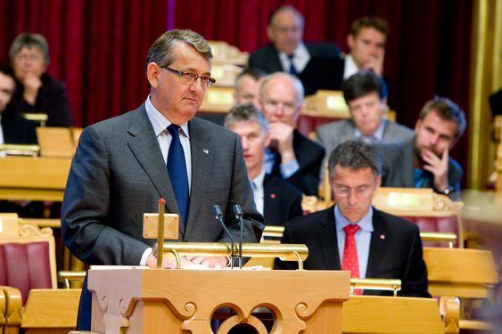 Per-Kristian Foss. Høyre.