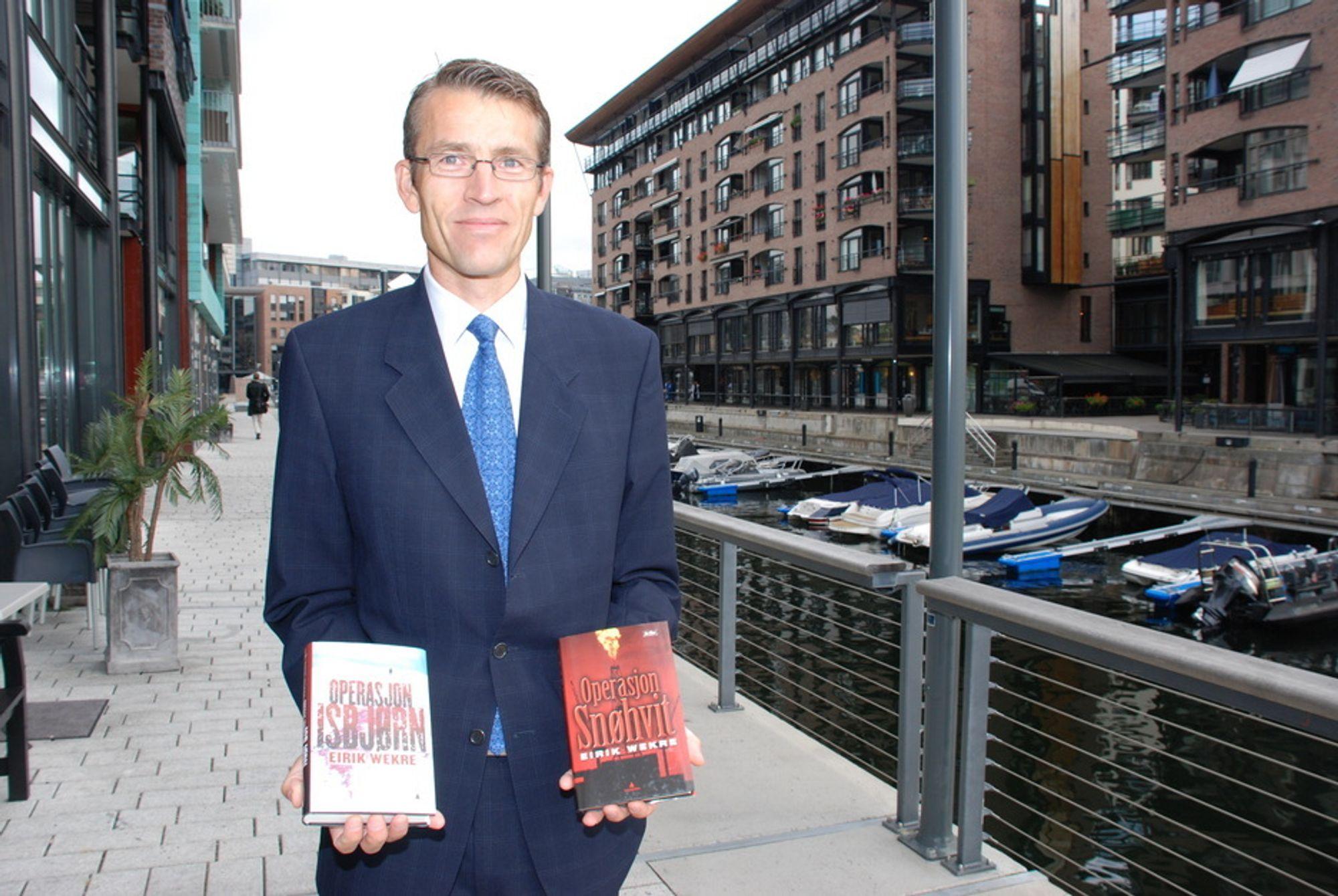 THRILLER: Økonomen Eirik Wekre kommer i høst med sin andre thriller hvor det oljerike Norge stilles overfor nye utfordringer. Til daglig jobber han her på Aker brygge.