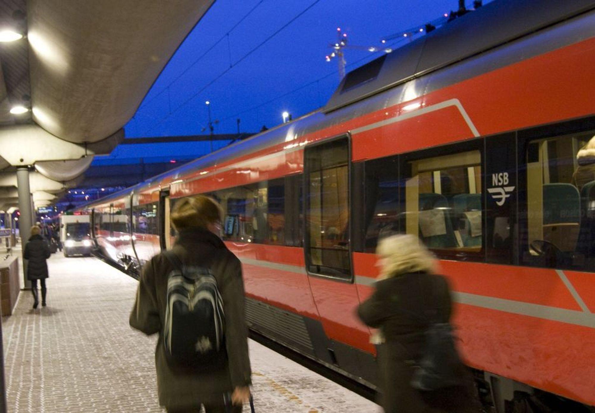 På Bergensbanen var 39 prosent av avgangene forsinket i uke 51