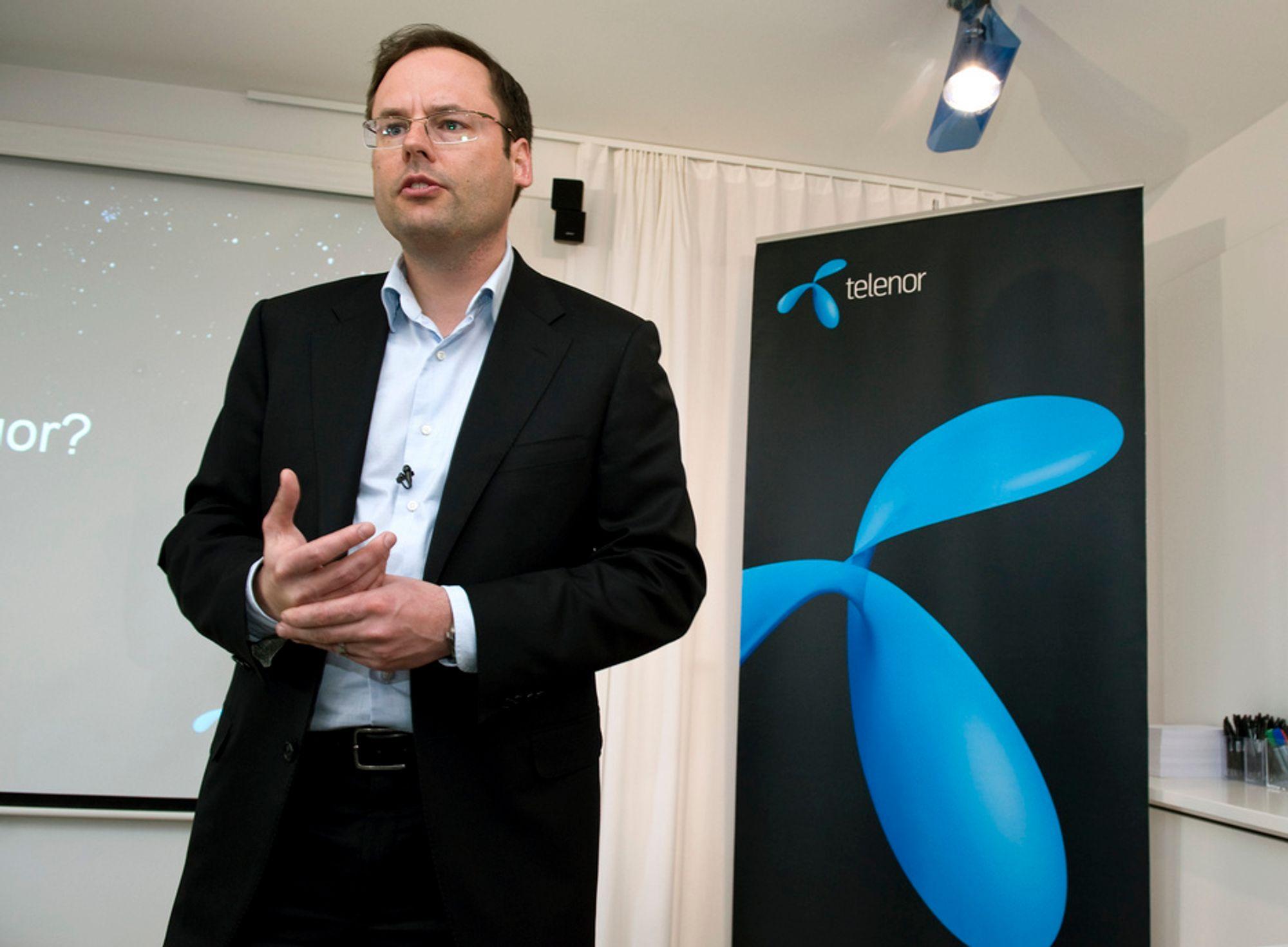 Direktør Lars-Åke Norling i Telenor Sverige må si opp 400 ansatte.