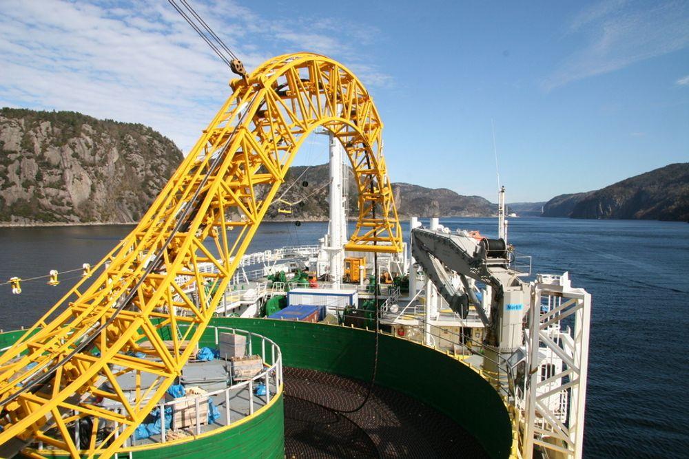 NorNed ble forrige uke notert i Guinness rekordbok som verdens lengste undersjøiske kraftkabel. Og snart er kapasiteten tilbake etter brannen i april.