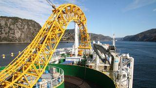 Nå snakker Statnett med Tyskland og Storbritannia om fiber på havbunnen