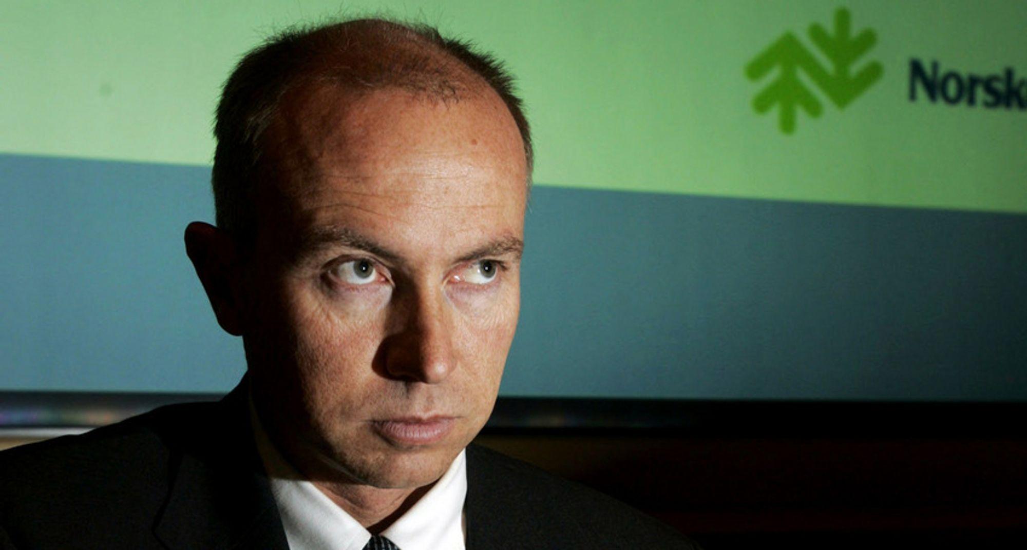 SKREKKRESULTAT:Konsernsjef Christian Rynning-Tønnesen i Norske Skog varsler ytterligere kutt i produksjonen.