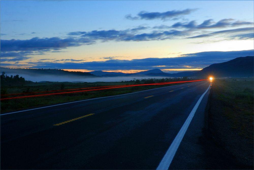I Sverige bygger man vei raskere enn i Norge, blant annet fordi man kan jobbe hele døgnet.