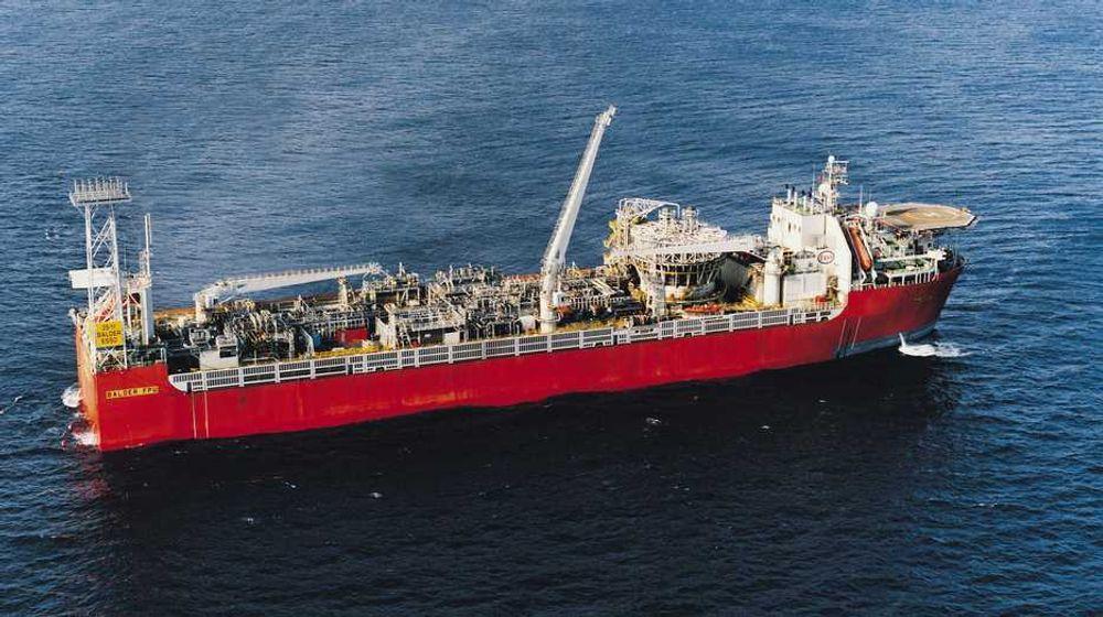 ExxonMobil vil rusteste alle som leverer tjenester til selskapet om bord deres installasjoner. Her illustrert av selskapets produksjonsskip, Balder.
