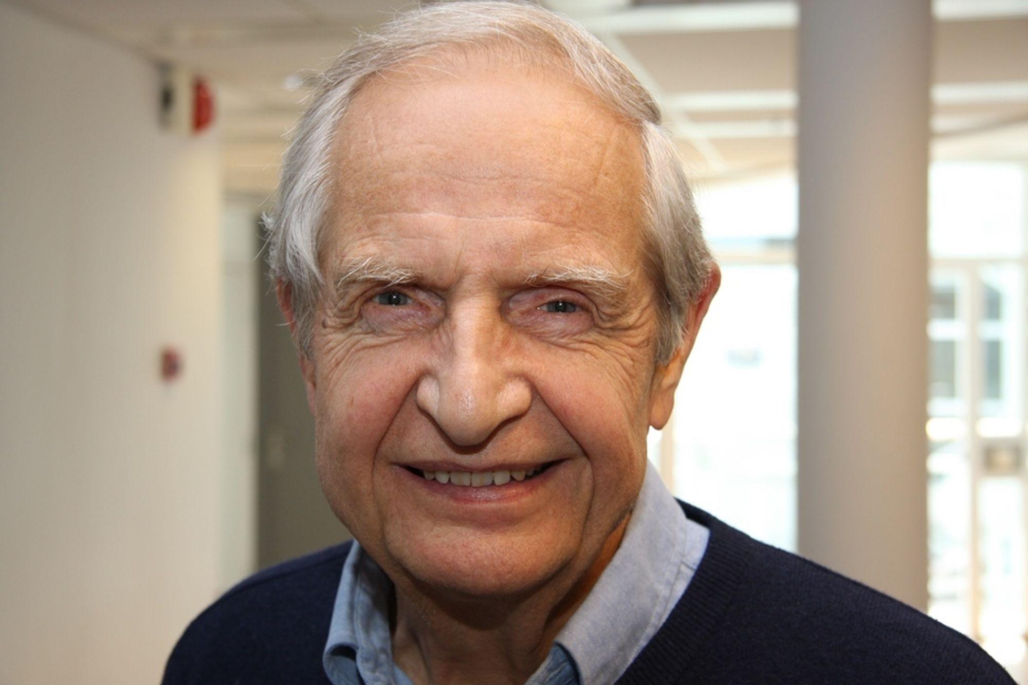 For TUs lesere var han alt kjent fra romstoff i spaltene tidligere på 60-tallet, men rikskjendis ble Erik Tandberg først som ekspertkommentator for NRK i forbindelse med månelandingen i 1969.