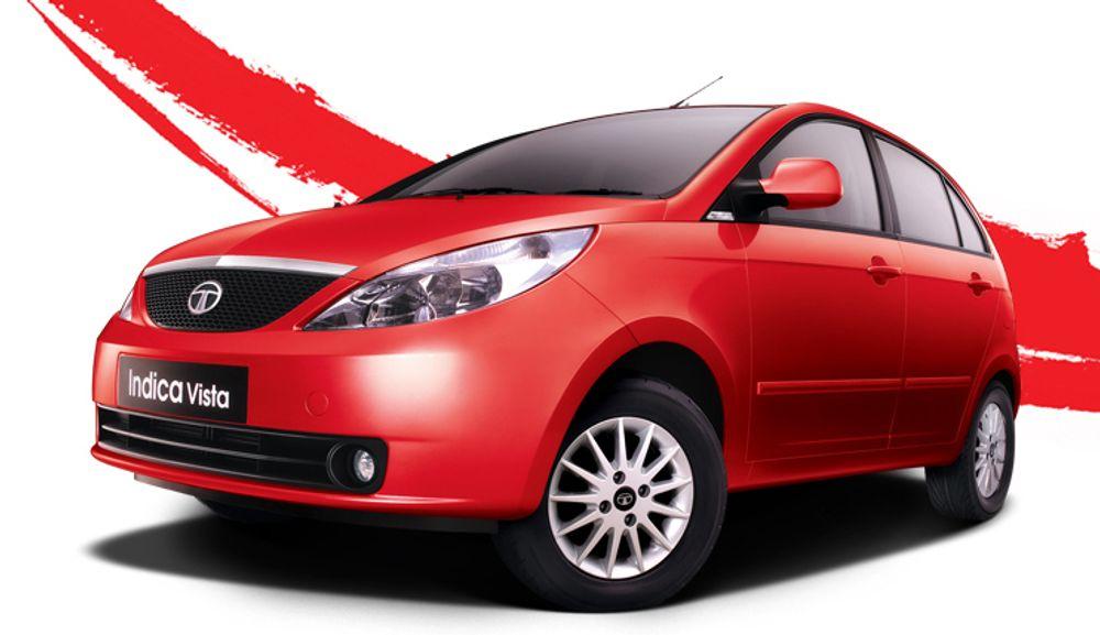 Slike småbiler av typen Tata Indica skal bygges om til elbiler, blant annet med montering av litiumbatterier, hos Miljøbil Grenland.