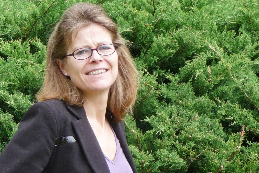 KLIMAFORKJEMPER: Med base i Lausanne skal Birgitte Holter lede arbeidet for å få byggenæringens klimautslipp på dagsordenen.