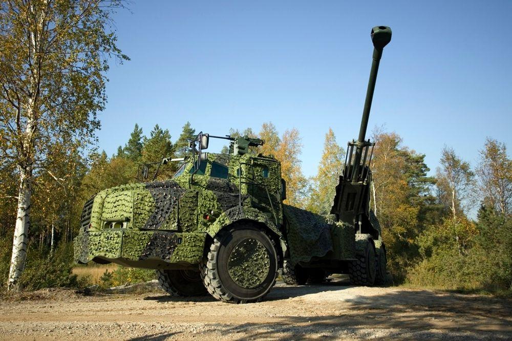 KANON: Det svensk-utviklede Archer-systemet skal kjøpes av Forsvaret for rundt to milliarder kroner.