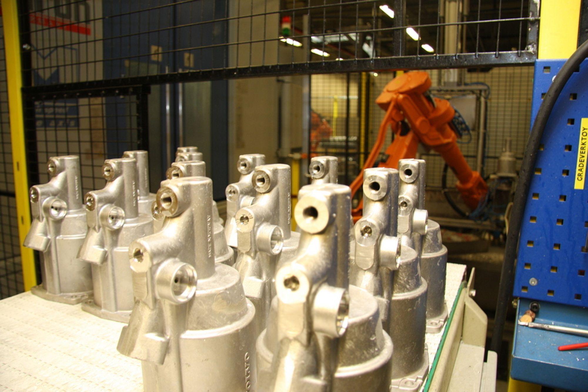 Kongsberg Automotive har fått ny kontrakt på produksjon av clutch-systemer i Kina. Her fra produksjonen i Hvittingfoss.