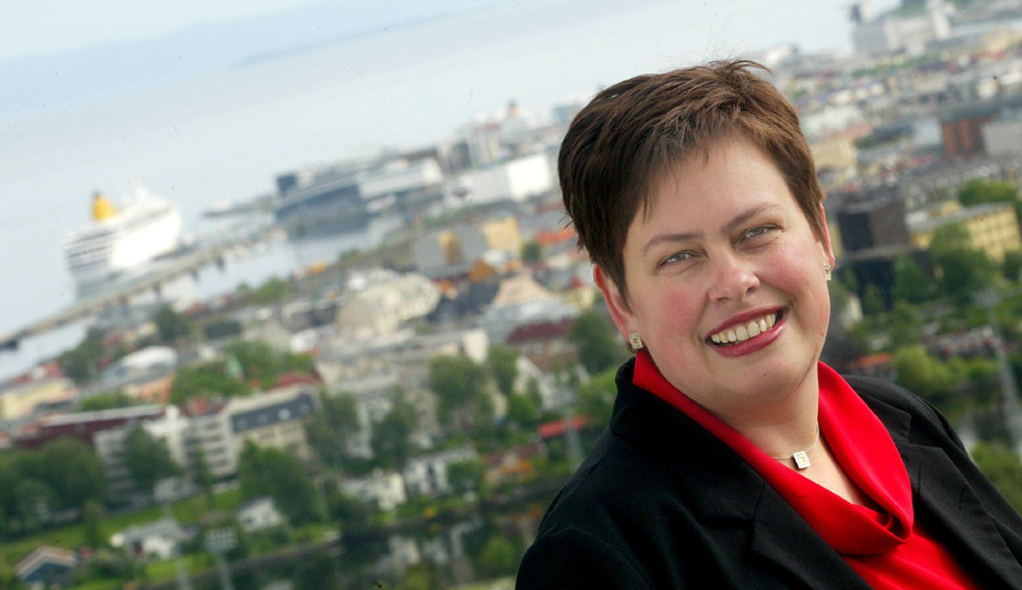 VIL IKKE SNAKKE: Trondheimsordfører Rita Ottervik vil ikke snakke opp prisen på Trondheim energiverk.