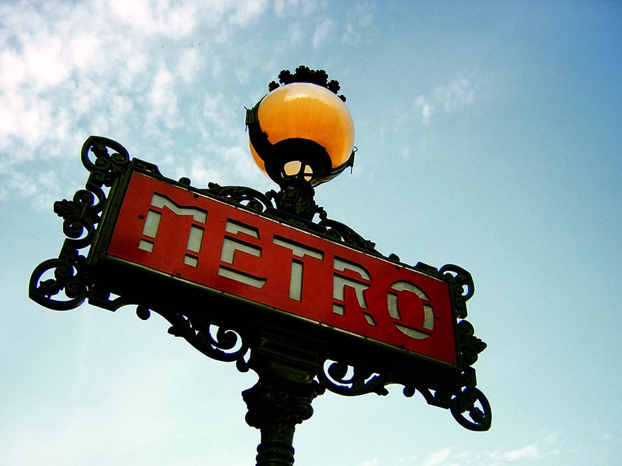 PLANER: Den parisiske metroen skal bygges kraftig ut.