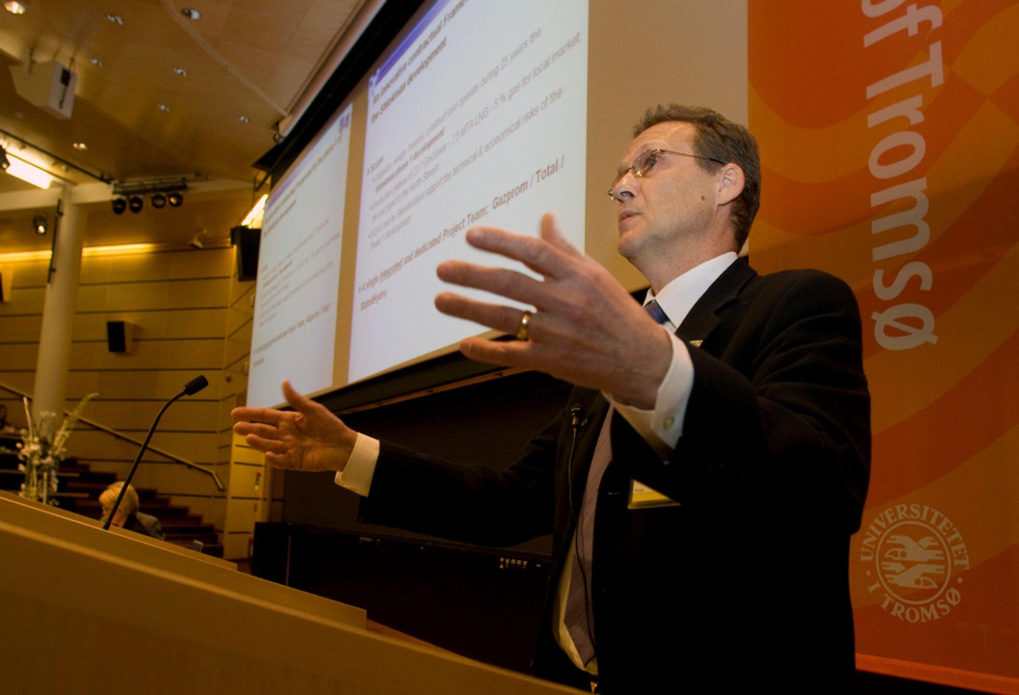 Herve Madeo, som er utbyggingssjef i Shtokman Developement AG, la i Tromsø tirsdag frem status for første utbyggingstrinn av Stockman-feltet. Han avviser spekulasjoner om utsettelser og pengetørke.