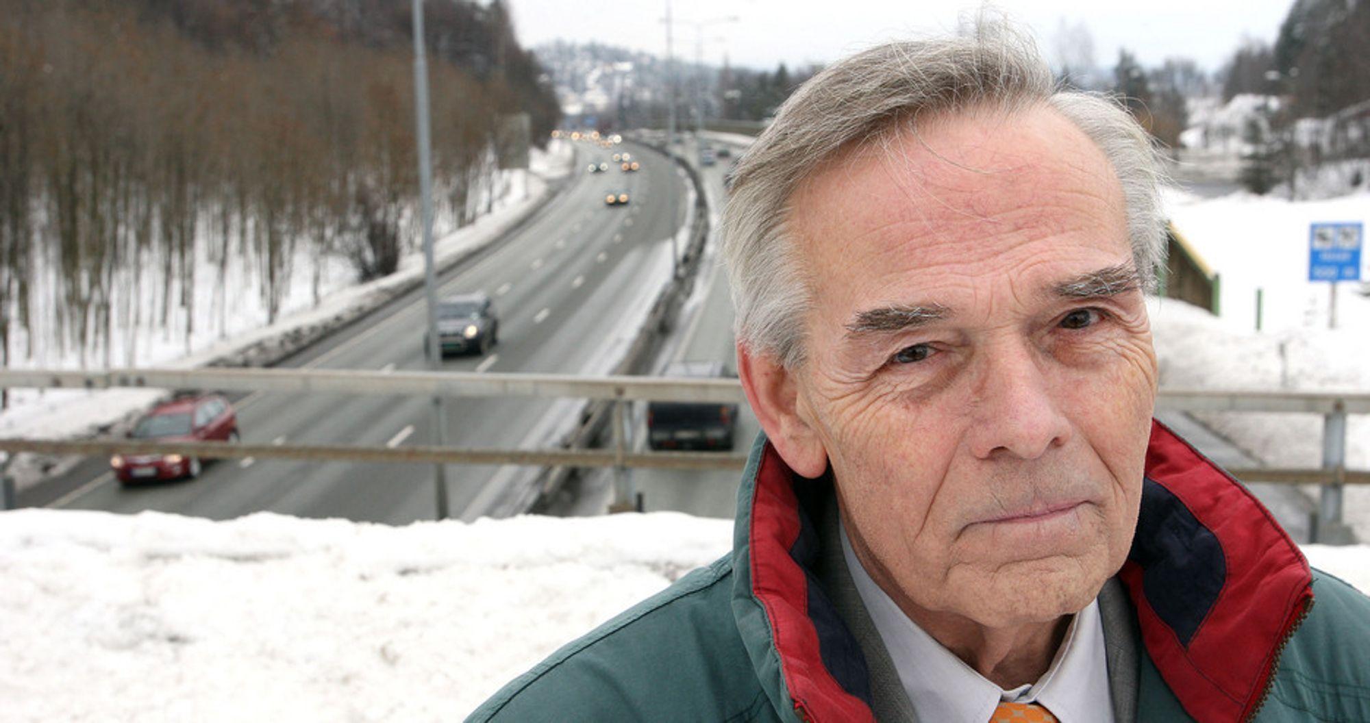 VALGETS KVAL: Ordfører Odd Reinsfelt i Bærum kommune mener Regjeringen bør ta ansvar for europaveiene selv, istedenfor å dytte det over på lokalpolitikerne.