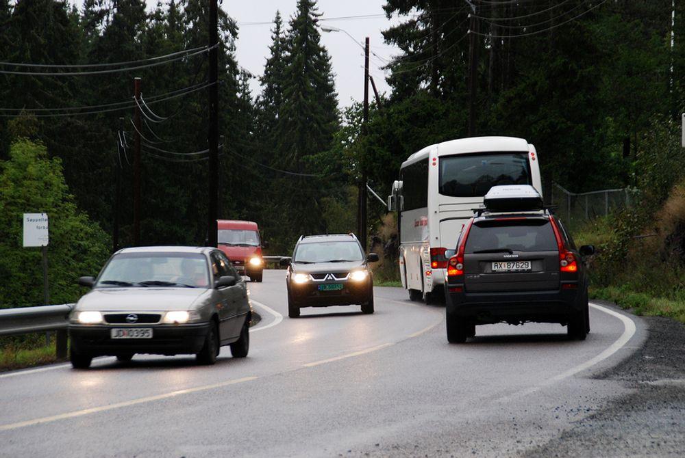 Flere riksveier skal få penger etter at regjeringen i dag bevilget 1,43 milliarder til riksveiene.