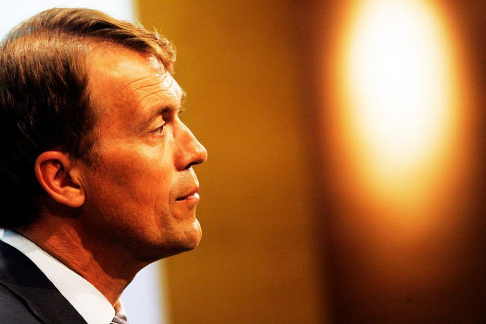 Eivind Reiten fikk en totalkompensasjon på 26,6 millioner kroner i fjor. Likevel tjener han dårlig sammenlignet med ledere i USA, Storbritannia, Nederland og Sveits.