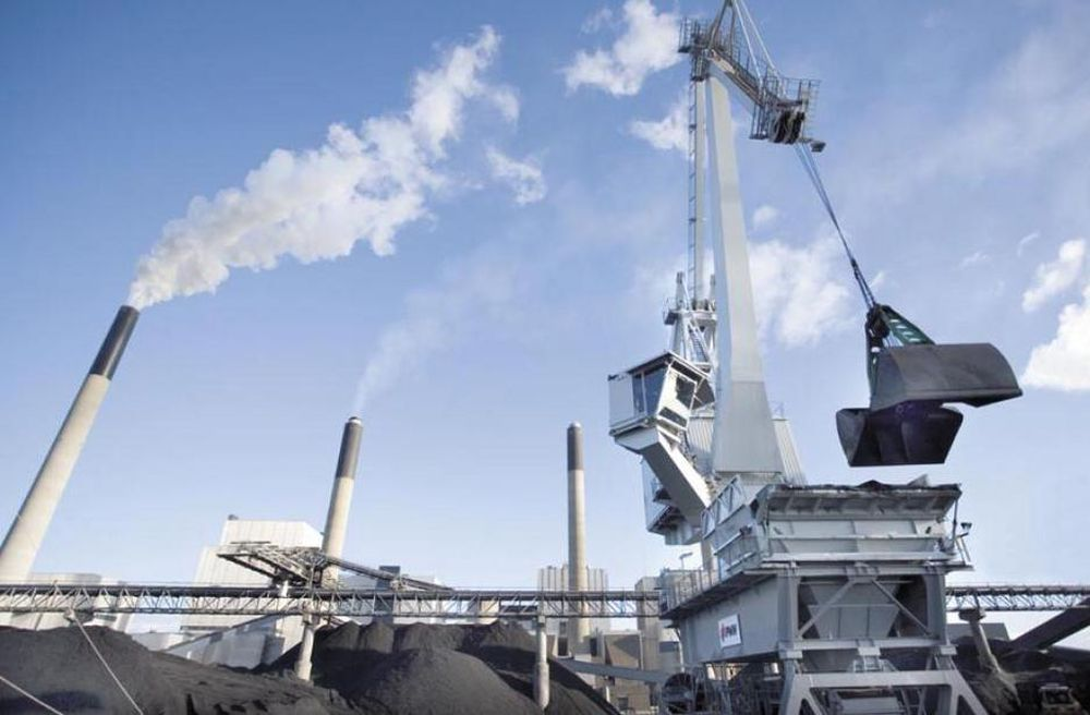 DROPPER CO2-FJERNING: Det blir for dyrt å fange og lagre CO2 fra dette kullkraftverket i full skala, mener Vattenfall, som heller vil satse på demonstrasjonsanlegg i Tyskland.