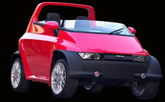 FORGJENGER: Denne prototypen lagde Dilip Chhabria for Reva for tre år siden. Neste helg presenteres to nye modeller i Frankfurt.