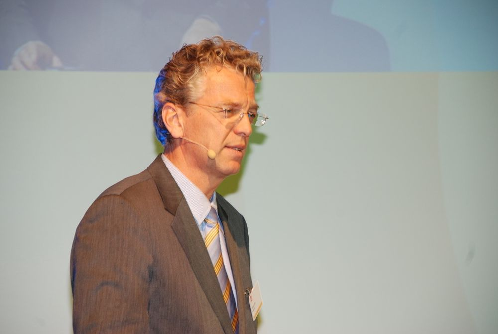 FIKK APPLAUS: Statnett-sjef Auke Lont fikk spontan applaus da han kunngjorde at Oslofjordkabelen er reparert under Norges Energidager 2009. Kabelen skal være i full drift ved midnatt.
