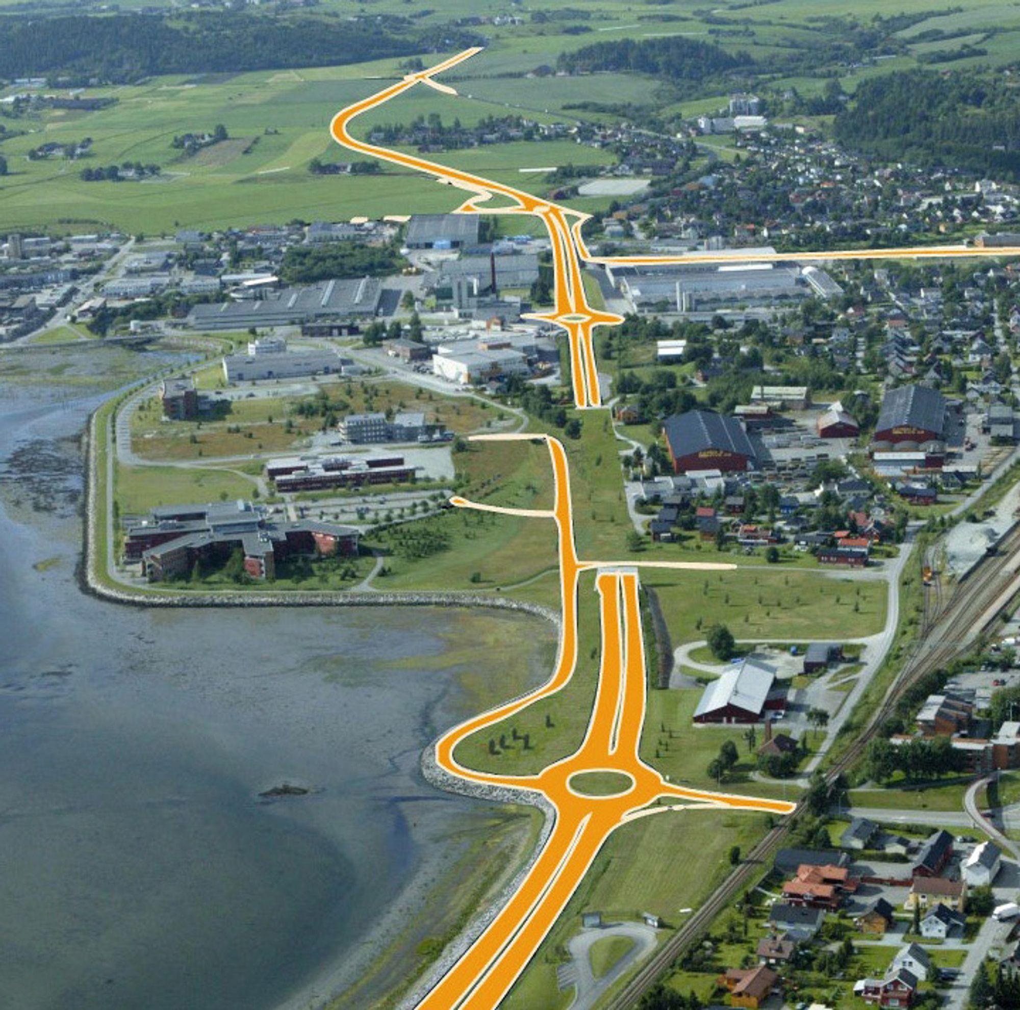 Tangtunnelen midt på bildet skal være ferdig innen 1. september 2011. Reinertsen Anlegg har en knapp ledelse på Skanska i kampen om kontrakten.
