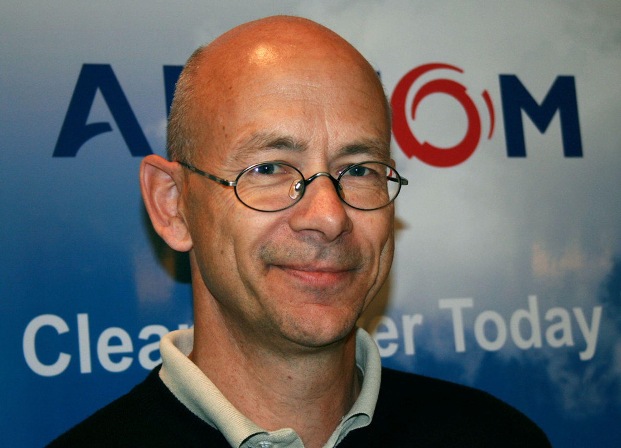 Arne Ellestad, administrerende direktør i Alstom, synes det har vært vanskelig å overbevise folk om at sjøvannsvask er en miljøvennlig rensemetode.