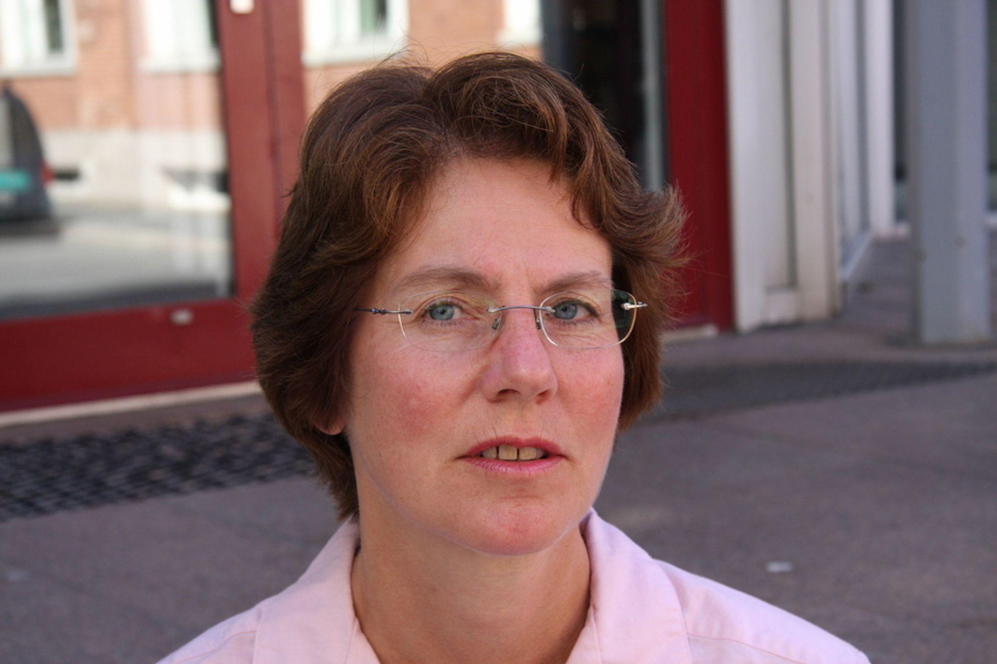 MISFORNØYD: - Det er helt galt å kutte i petoreumsforskningen, sier Siri Helle Friedemann.