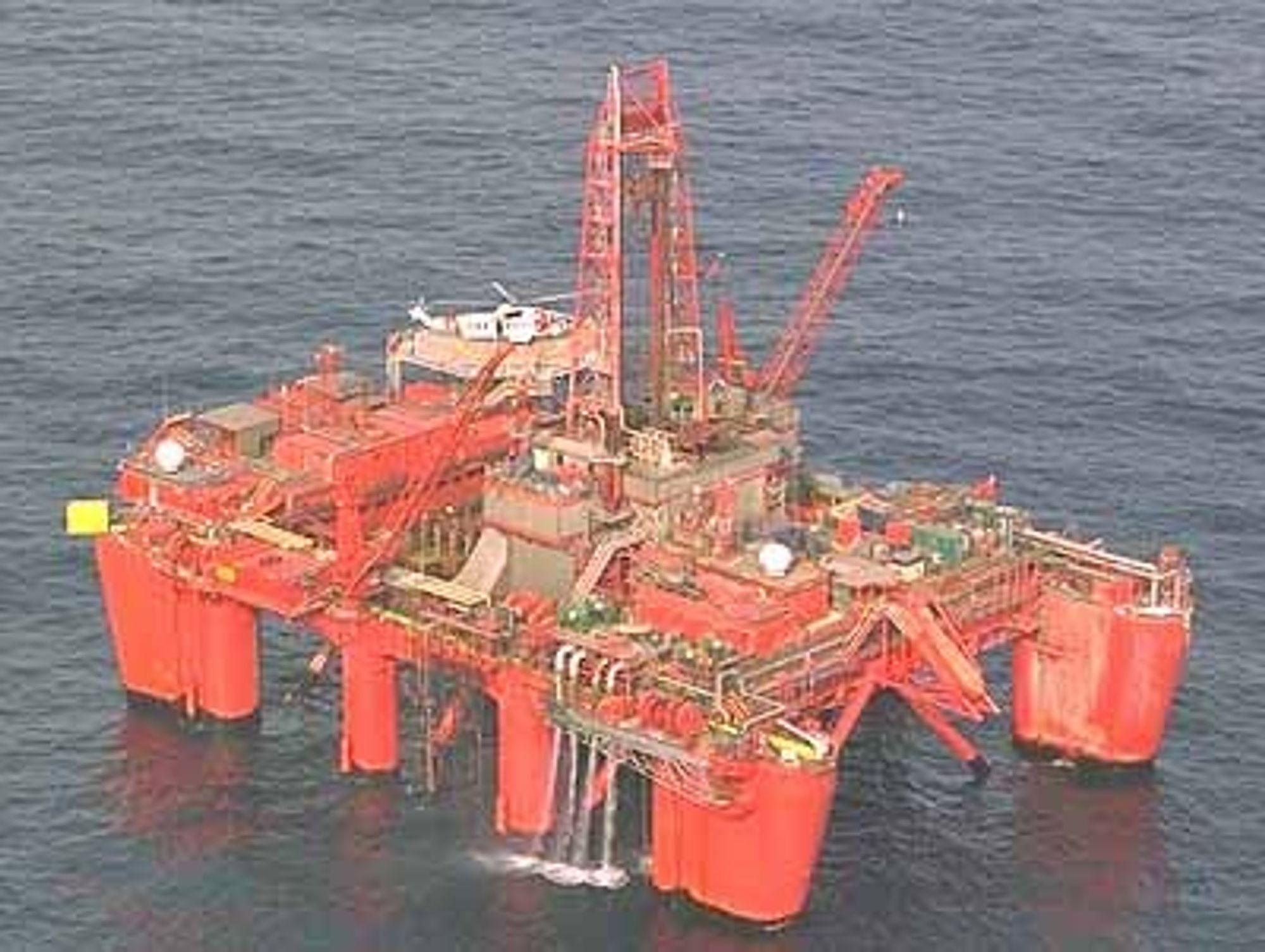 Oljefunnet ble gjort av Bideford Dolphin, som eies av selskapet Dolphin,  en del av Fred. Olsen Energy ASA. Riggen ble bygget i 1975 av Aker Stord og er bygget med Akers H3 design. Den er seinere modifisert og ombygget.