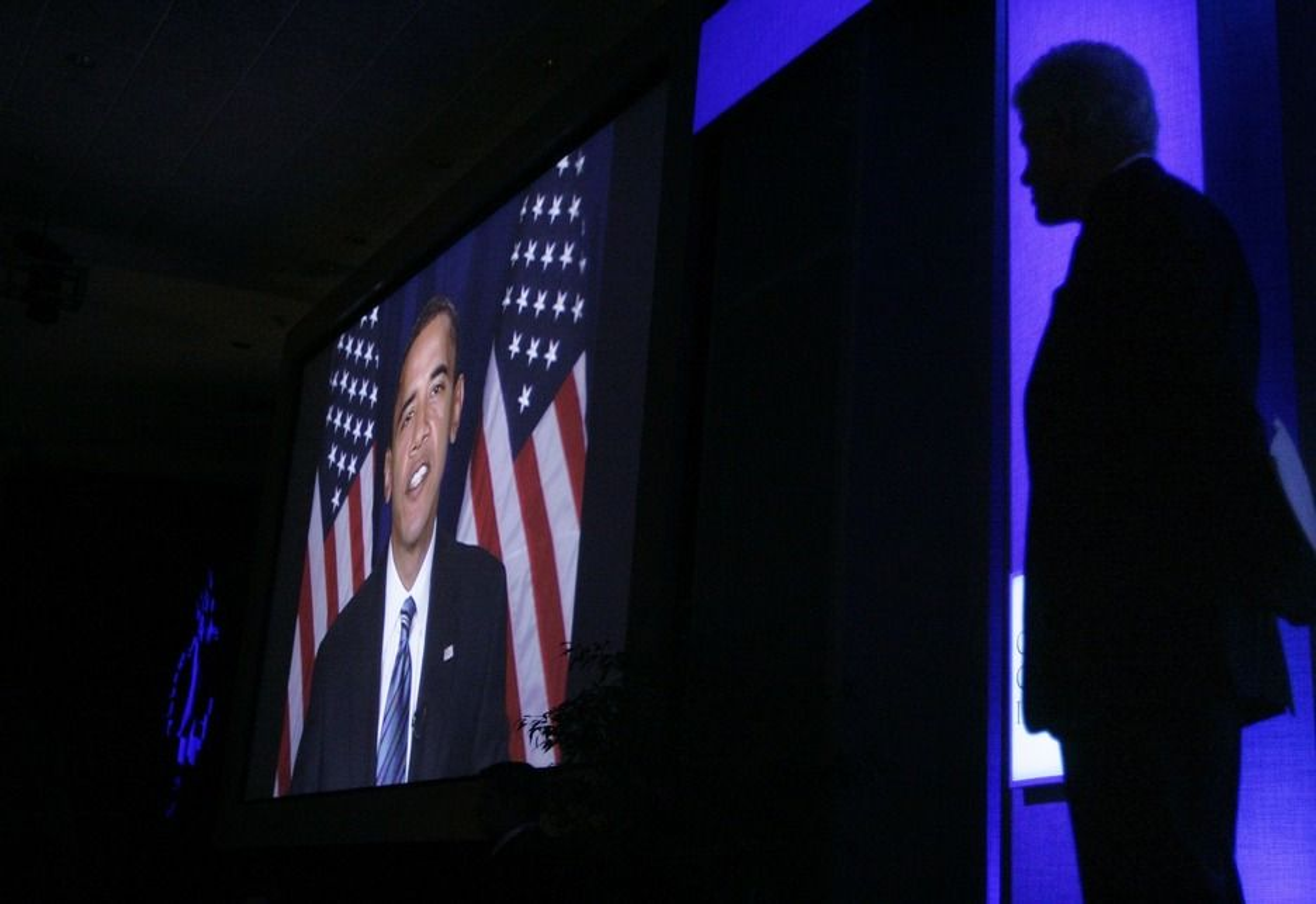 GA LØFTER: Demokratenes presidentkandidat i USA, Barack Obama, holdt i går en tale som fikk Bellona-leder Frederc Hauge til å ta fram superlativene. Taken ble holdt på Bill Clintons Global Initiative-konferanse i New York.