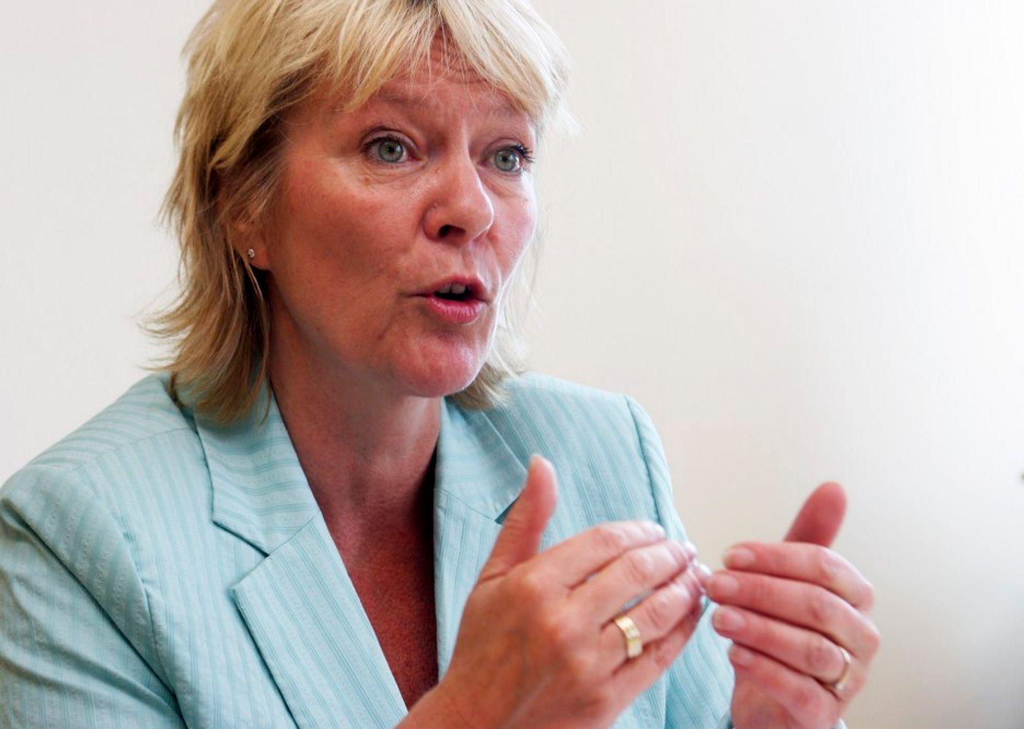 KRITISK: Civita-leder Kristin Clemet reagerer på at finansminister Kristin Halvorsen ikke vil uttale seg om Qatar-saken.